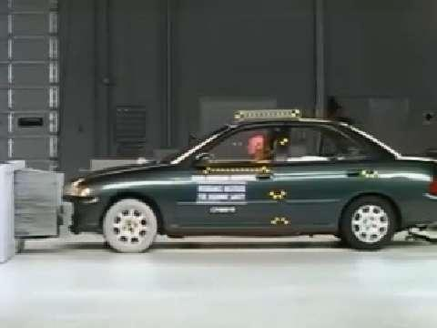Nissan Sentra crash test 2000-2006