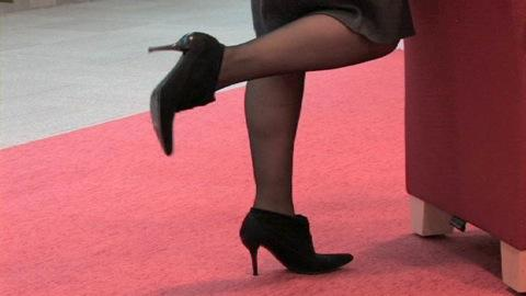 Stopping high-heel pain?