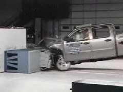 GMC Sierra 1500 crash test 2007-2011