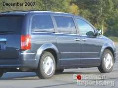 Chrysler Minivan 2008-2010 Road Test