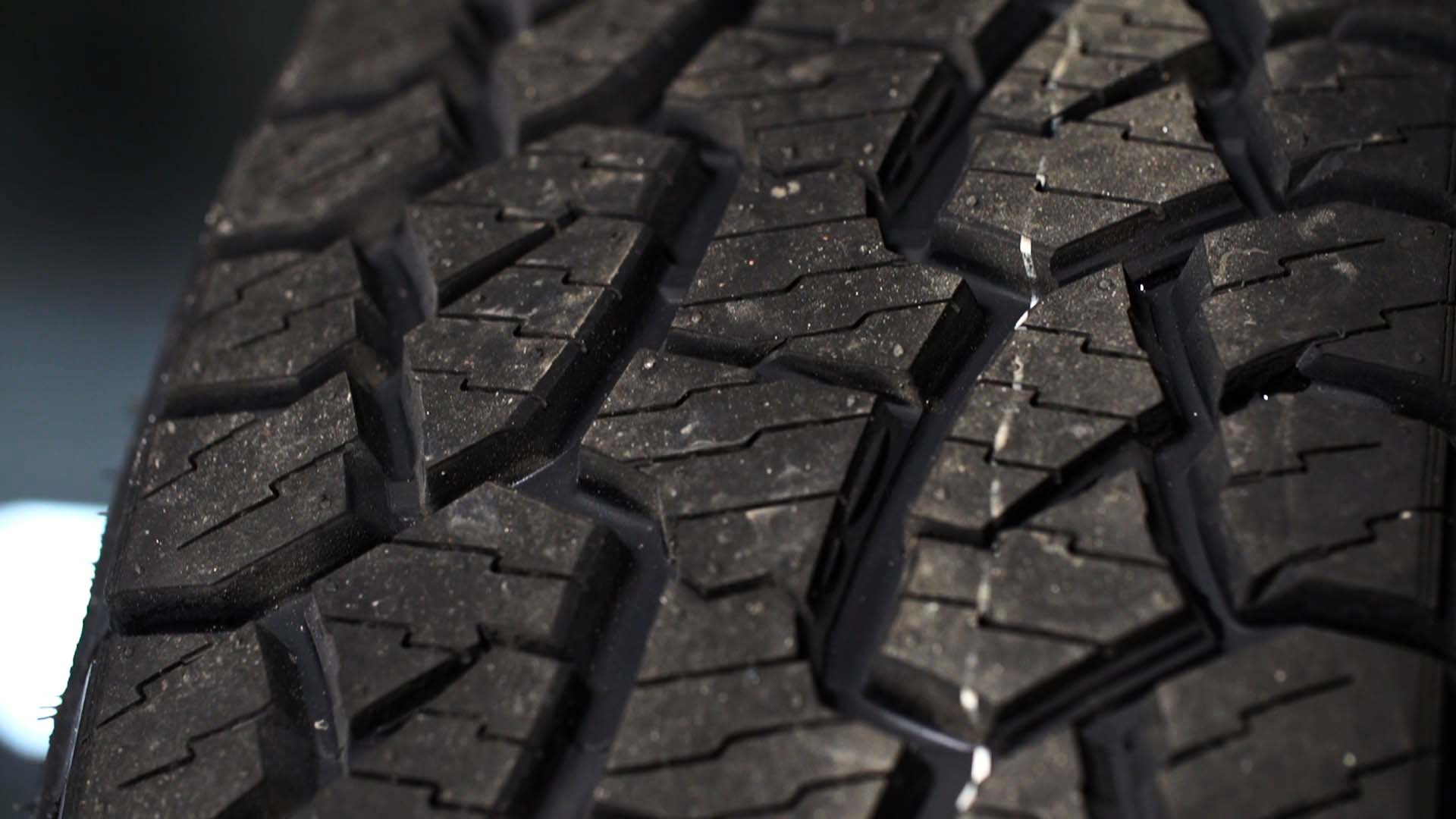 Consumer Reports 2016 Tire Top Picks