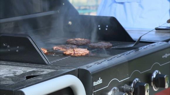 Charcoal or Gas? Testing Grills That Use Both