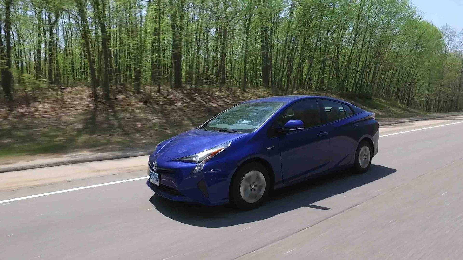 Toyota Prius Sets New MPG Standard In Consumer Reportsu0027 Tests   Consumer  Reports