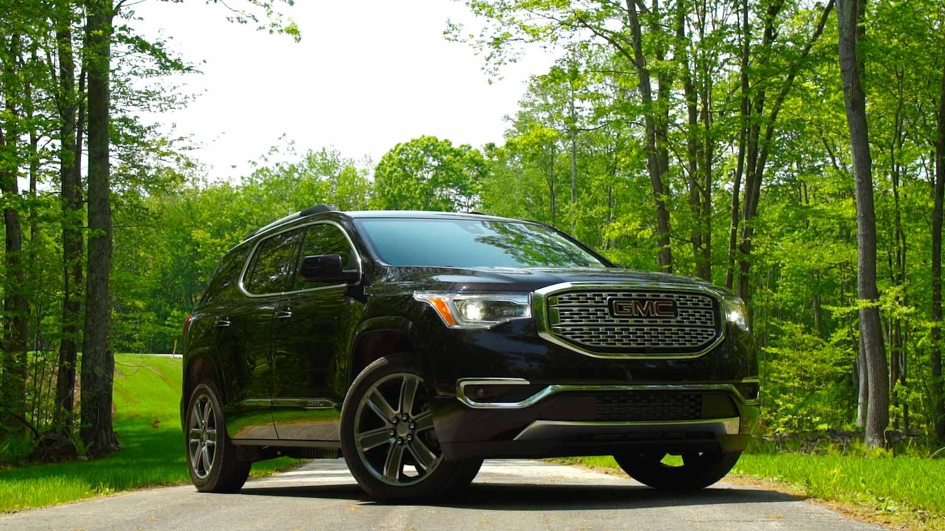 2018 GMC Acadia Denali: Review, Design, Price >> Redesigned 2017 Gmc Acadia Goes On A Diet Consumer Reports
