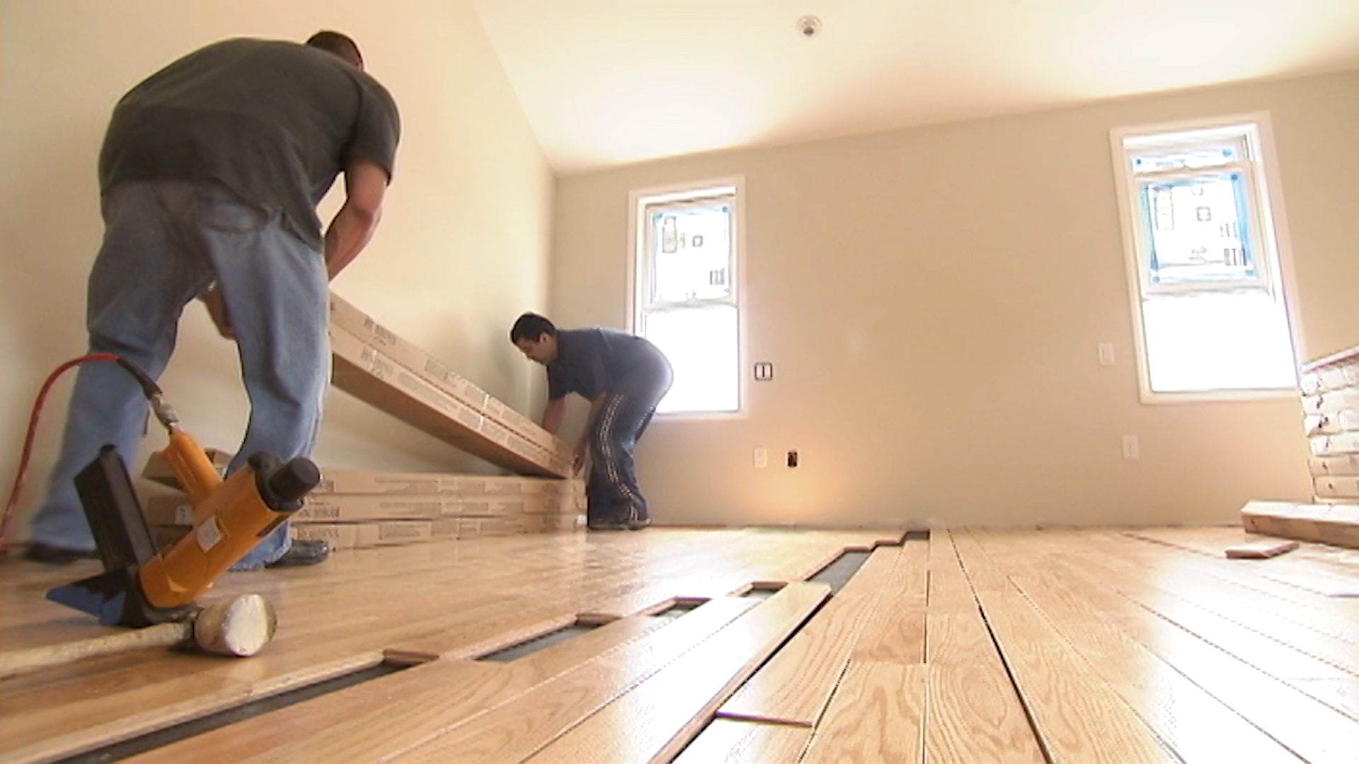 Breathe Easier About Your Flooring Formaldehyde Consumer Reports - Dangers of vinyl flooring