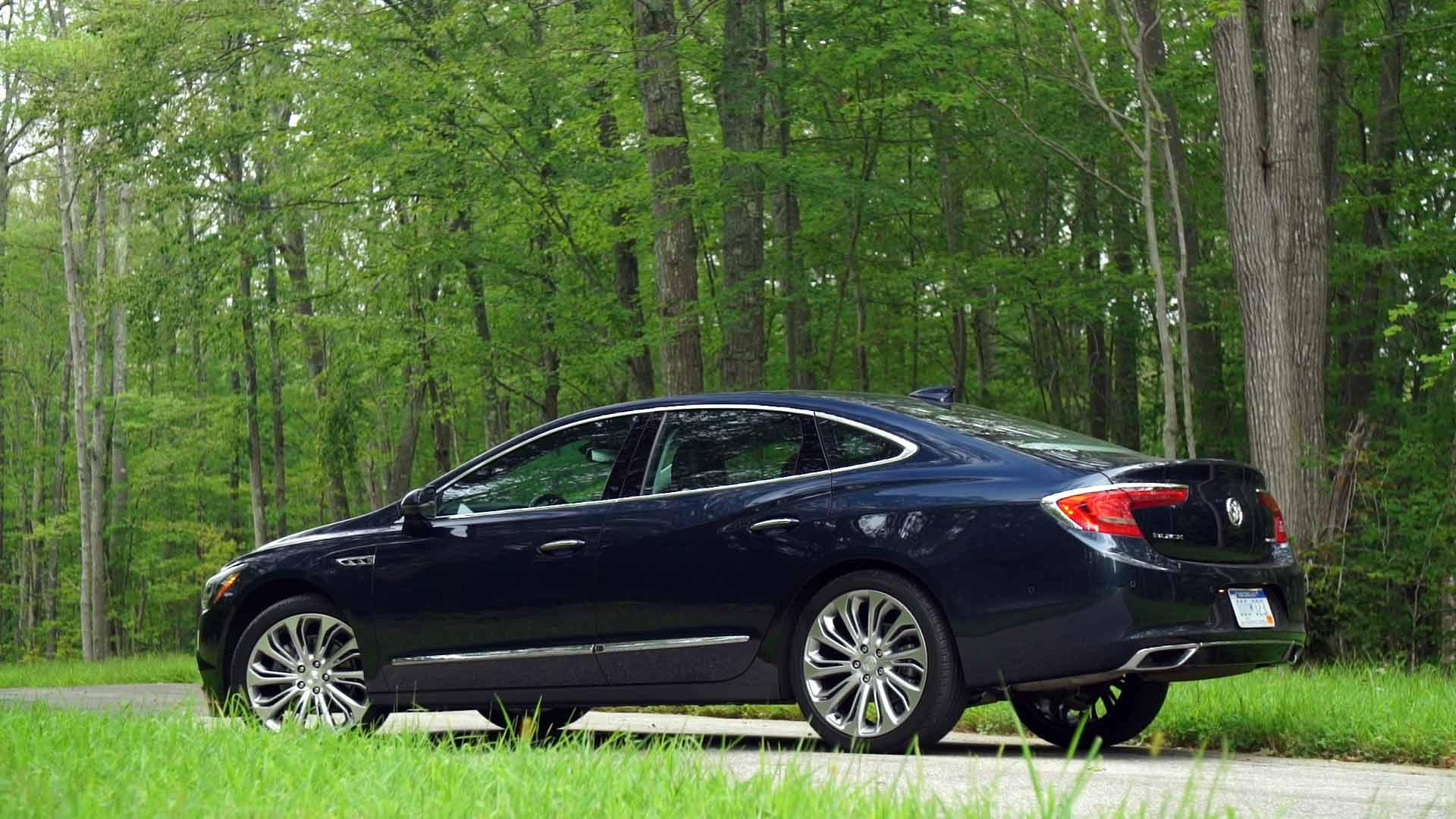 2017 Buick LaCrosse Review: Building on Tradition