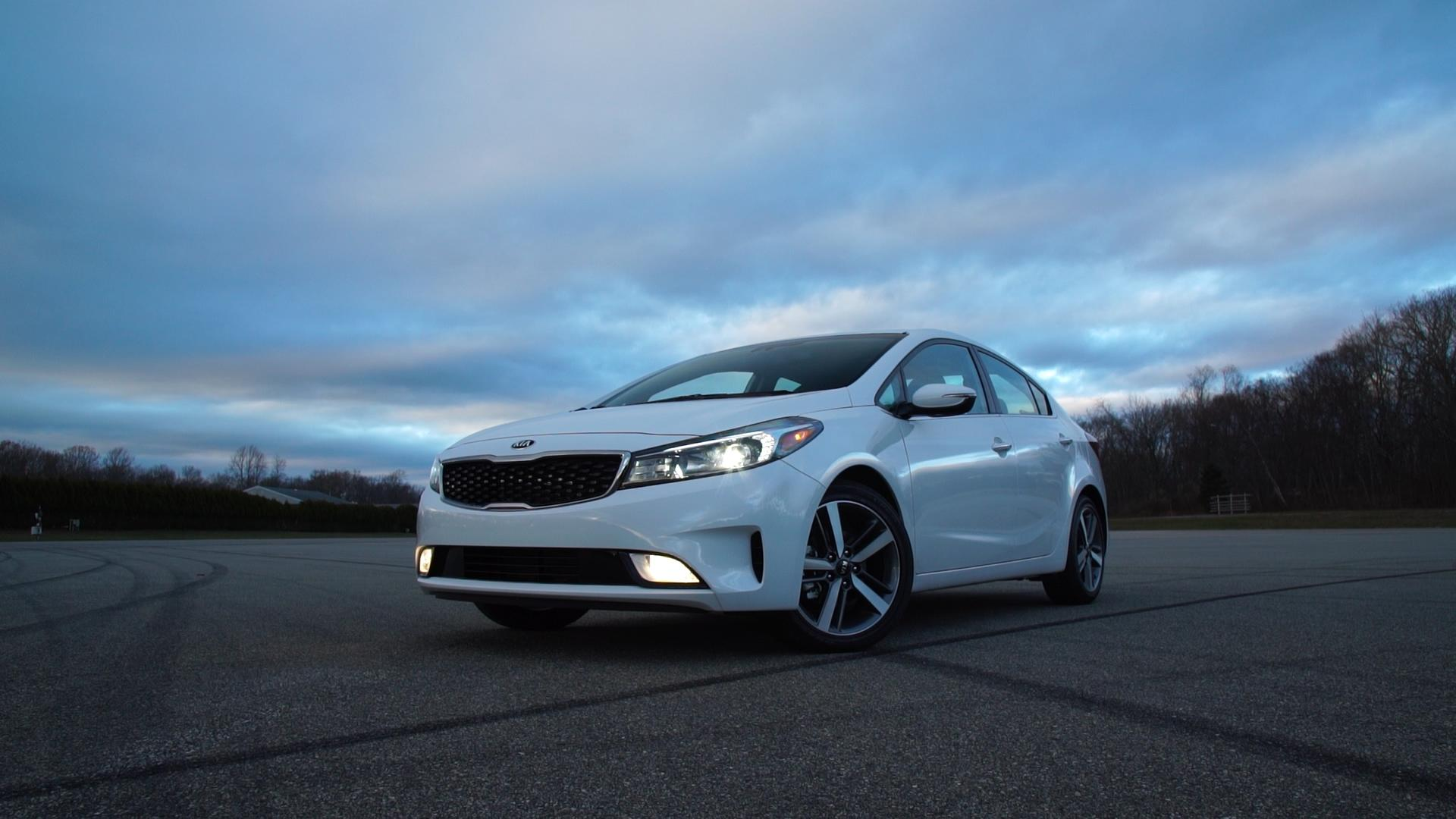 Updated 2017 Kia Forte Offers Much for the Money - Consumer Reports