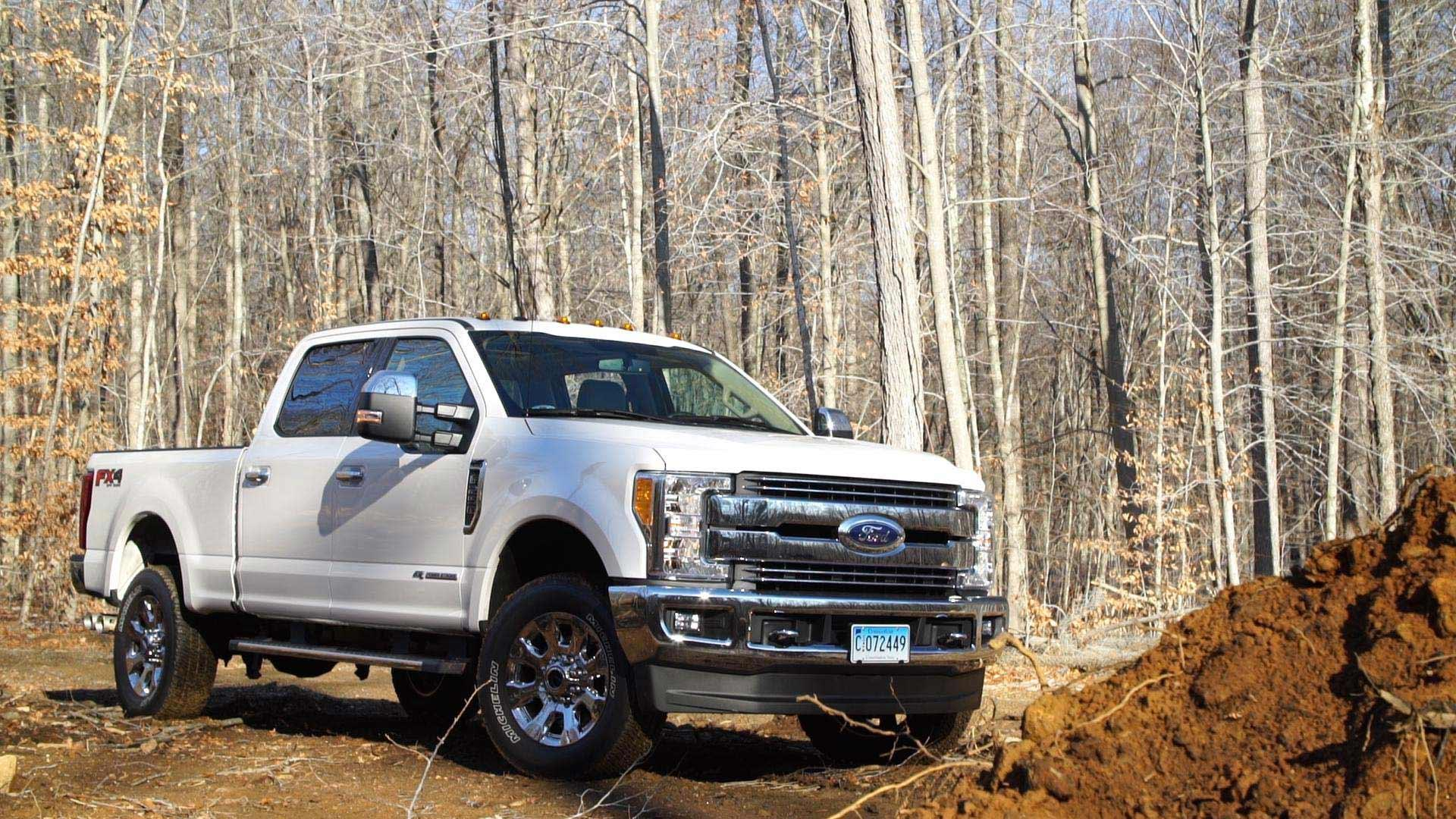 2017 Ford F250 Diesel Mpg >> 2017 Ford F 250 First Drive Consumer Reports