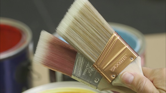 How to Pick the Right Paintbrush