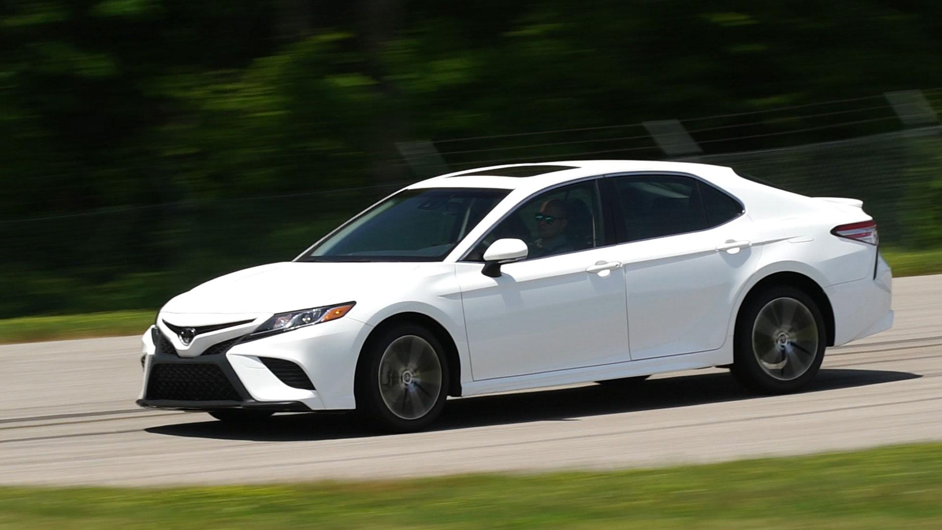 Toyota Camry: Winter driving tips