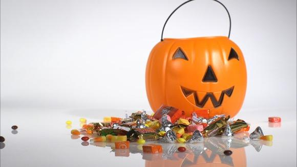 What 100 Calories of Halloween Candy Looks Like