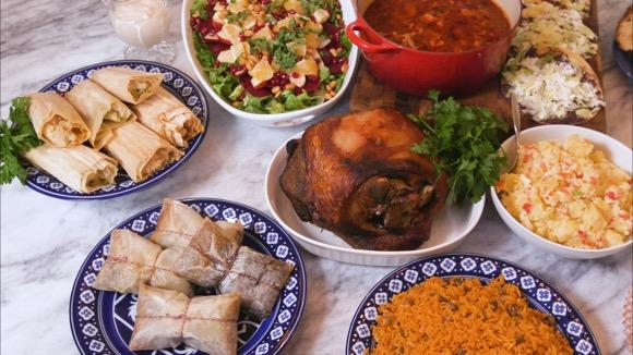How Many Calories in a Latino Christmas Dinner?