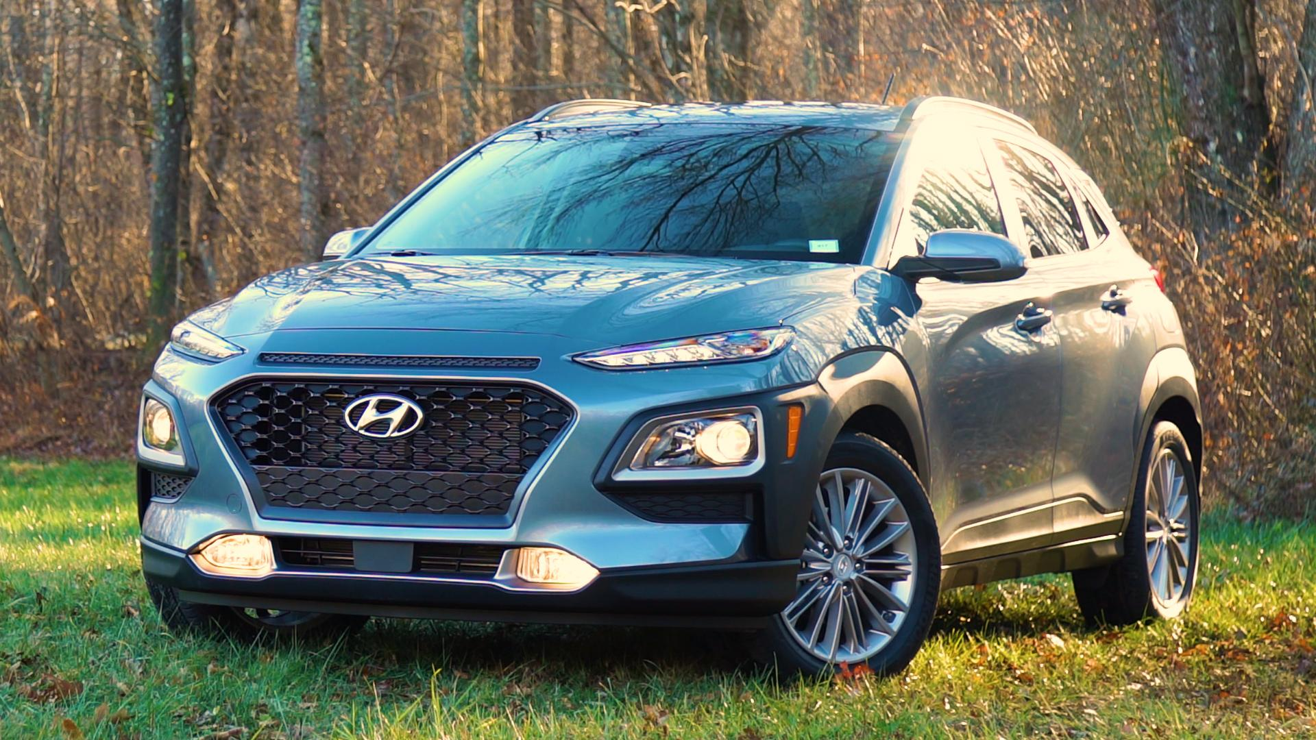 2018 hyundai kona first drive review consumer reports play video solutioingenieria Image collections
