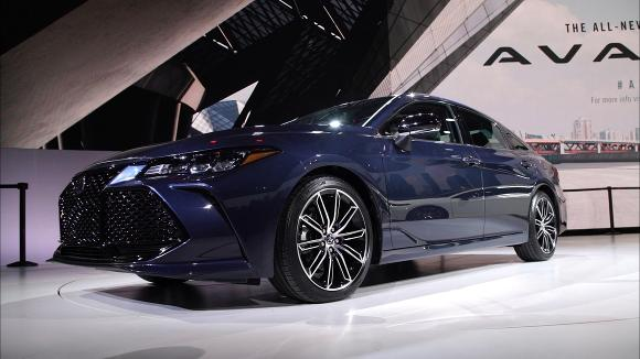 2018 Detroit Auto Show: 2019 Toyota Avalon Goes High Tech