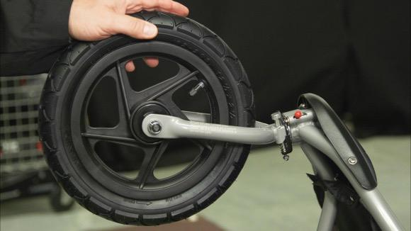 How to Secure the Wheel of a BOB Stroller