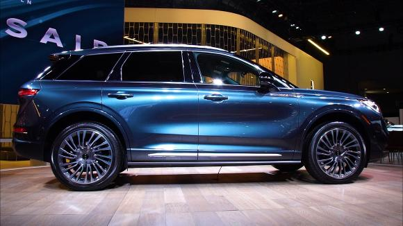 2019 New York Auto Show: 2020 Lincoln Corsair