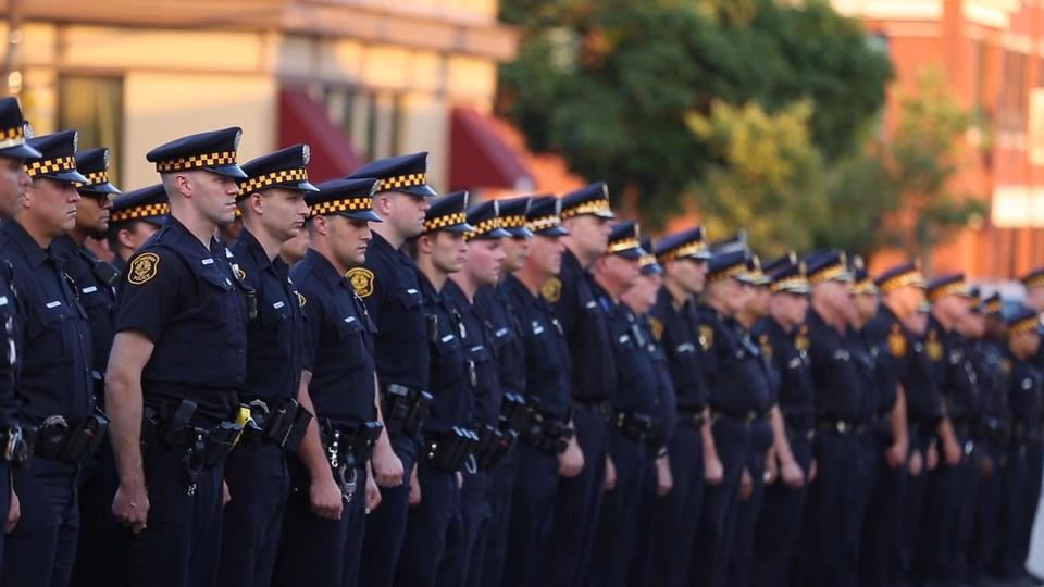 Hundreds of police attend end of watch ceremony for fallen