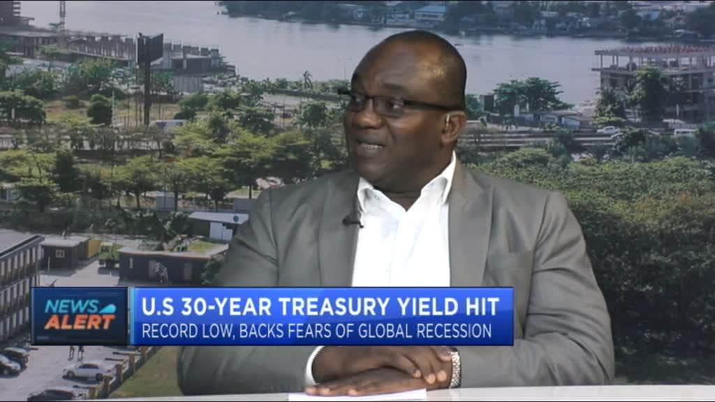 U.S 30-year treasury yield hit record low, backs fears of global recession