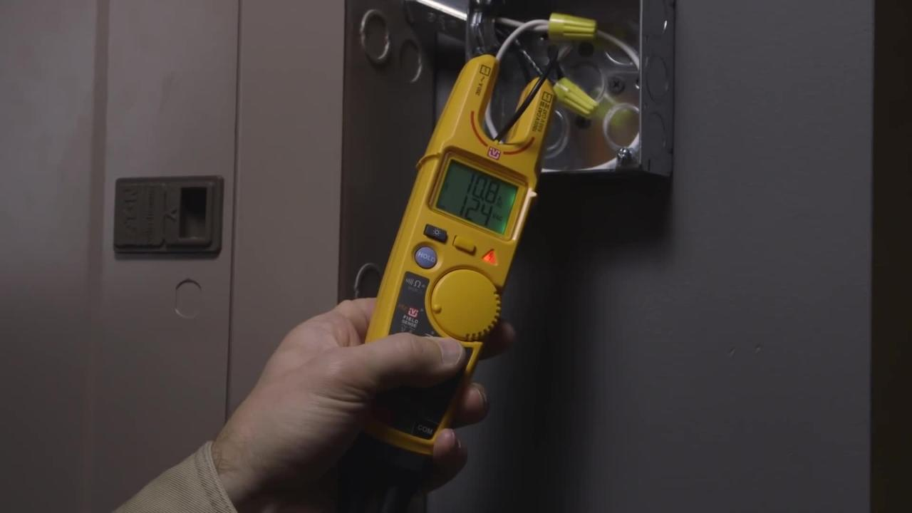 Fluke T6 Electrical Testers - FieldSense Technology Lets You Measure Voltage Without Test Leads