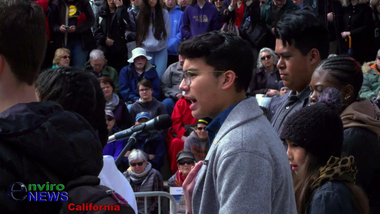 Recap: Students, Activists, Rock Downtown Oakland at March for Our Lives (Raw Video Coverage)
