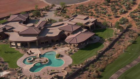 Mansion On Golf Course