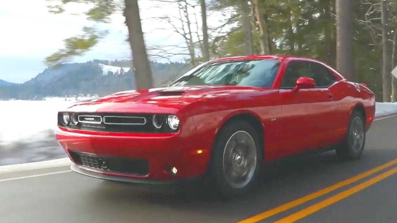 2017 Dodge Challenger Gt Video First Review Kelley Blue Book