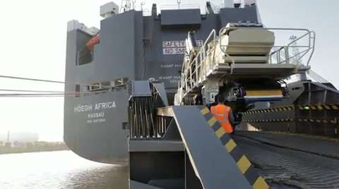 Loading a variety of cargo, Video
