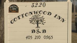 Cottonwood Inn Bed and Breakfast