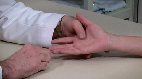 How to Examine the Hand