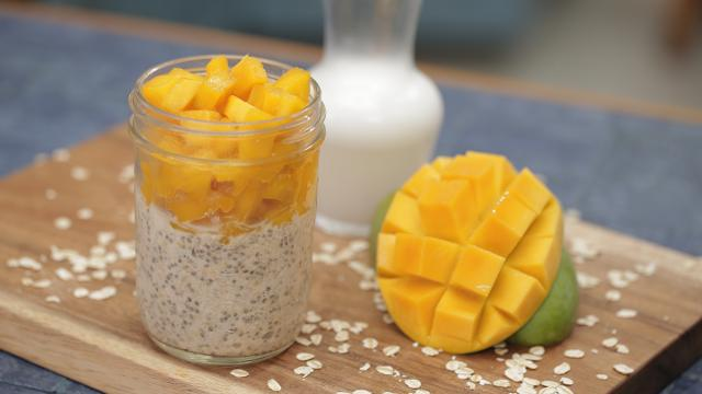 Ep 25: Tropical Overnight Oats | Simply Special