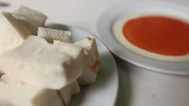 Ep 25 - Bangkok: Egg Custard Bread | GR848