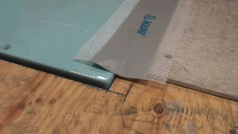 Video: Innovative Shower Pan Creates An Easy Curbless Shower | Builder  Magazine | Products, Shower, Jon Adamek, AKW Medicare, Accessibility  Resource Center, ...