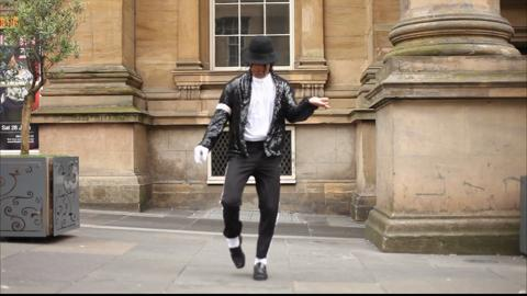 Thriller Live star dances outside Newcastle Theatre Royal