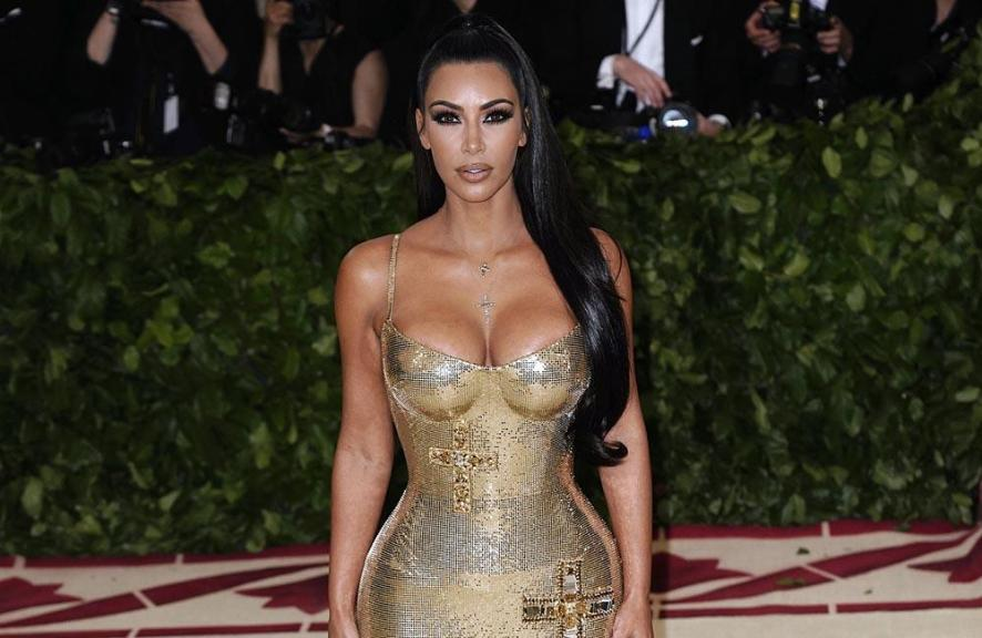 dcc64e499e Kim K's sisters call her 'anorexic' as she shows off 53kg body | Channel24