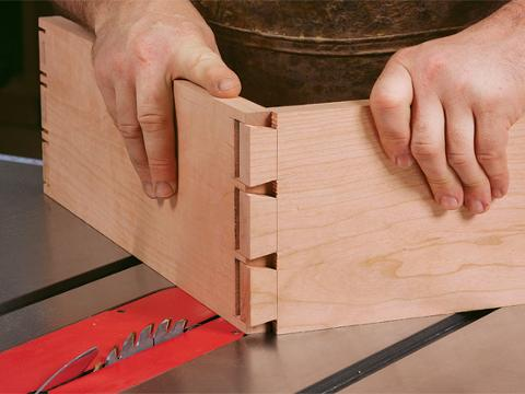 Surprising How To Cut Dovetails On The Tablesaw Download Free Architecture Designs Scobabritishbridgeorg