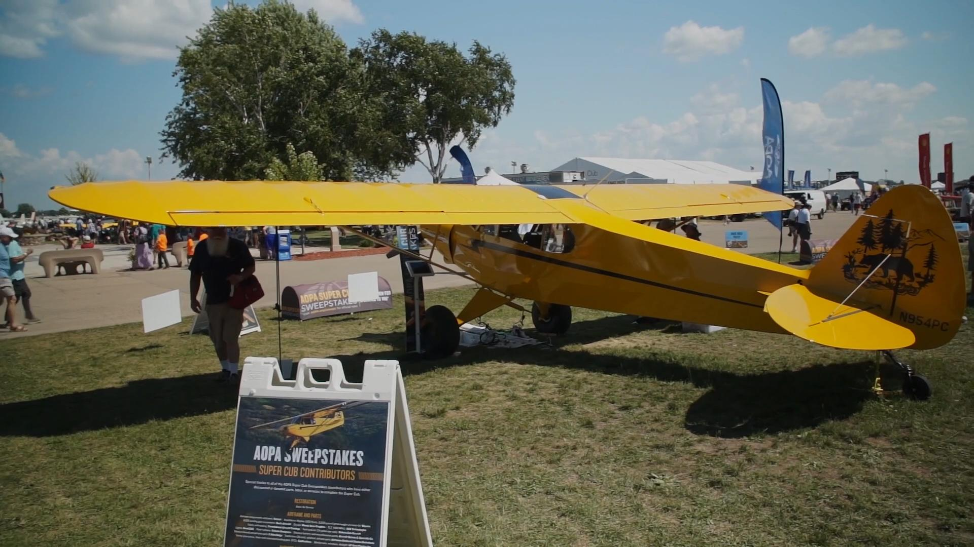 b43162a54fd30 Sweepstakes Super Cub at AirVenture - Latest videos - AOPA Live Video  Gallery