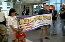 Soldier Welcomed Home by Strangers