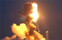 Antares Explodes, Panic Ensues at Press Site